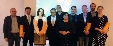 Von links nach rechts: Prof. Paulus, Dr. Leunert, Fr. Dr. Kemper, Prof. Fischedick, Dr. Hoffmann, Fr. Prof. Schick, Dr. Aufenberg, Dr. Dresemann, Dr. Winkelmann, Fr. Dr. Weßling